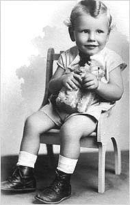 Warren Buffett 2 years 1932